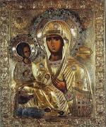 История происхождения иконы «Троеручица» и в чём она помогает