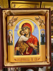Рукописная икона Феодоровская с херувимами 9 (Размер 17*21 см)
