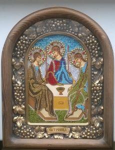 Икона из бисера Троица (Размер 23*29 см)