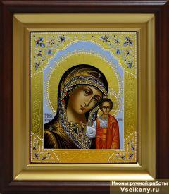 Рукописная Казанская икона с резьбой и узором