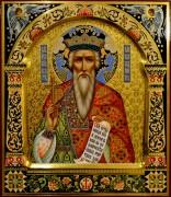 Рукописная икона Владимир с резьбой 16 (Размер 27*31 см)