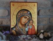 Рукописная Казанская икона с резьбой 13