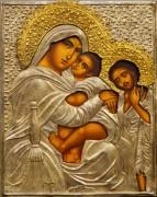 Рукописная икона Святое Семейство с серебряным и золоченым окладом (Размер 27*34 см)